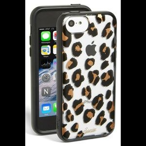 EUC SONIX Cat Call Clear Leopard Print iPhone 5c
